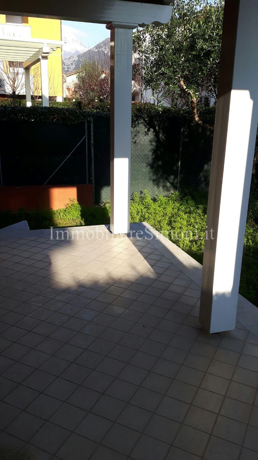 veranda coperta cucina - Immobiliare Simoni